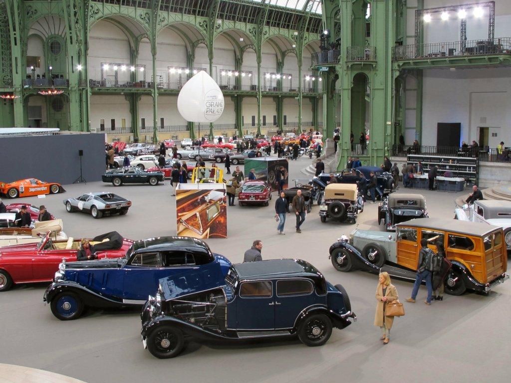 Μια άποψη του χώρου τηε δημοπρασίας των Bonhams στο Grand Palais