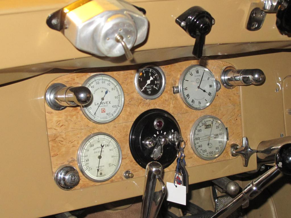 Το ταμπλό της 1924 Isotta-Fraschini!