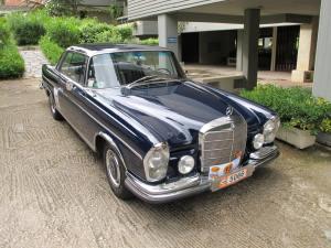 1967 Mercedes-Benz 250SE  (W111) Coupe