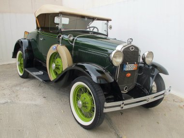 1931 Ford Model A Roadster Deluxe
