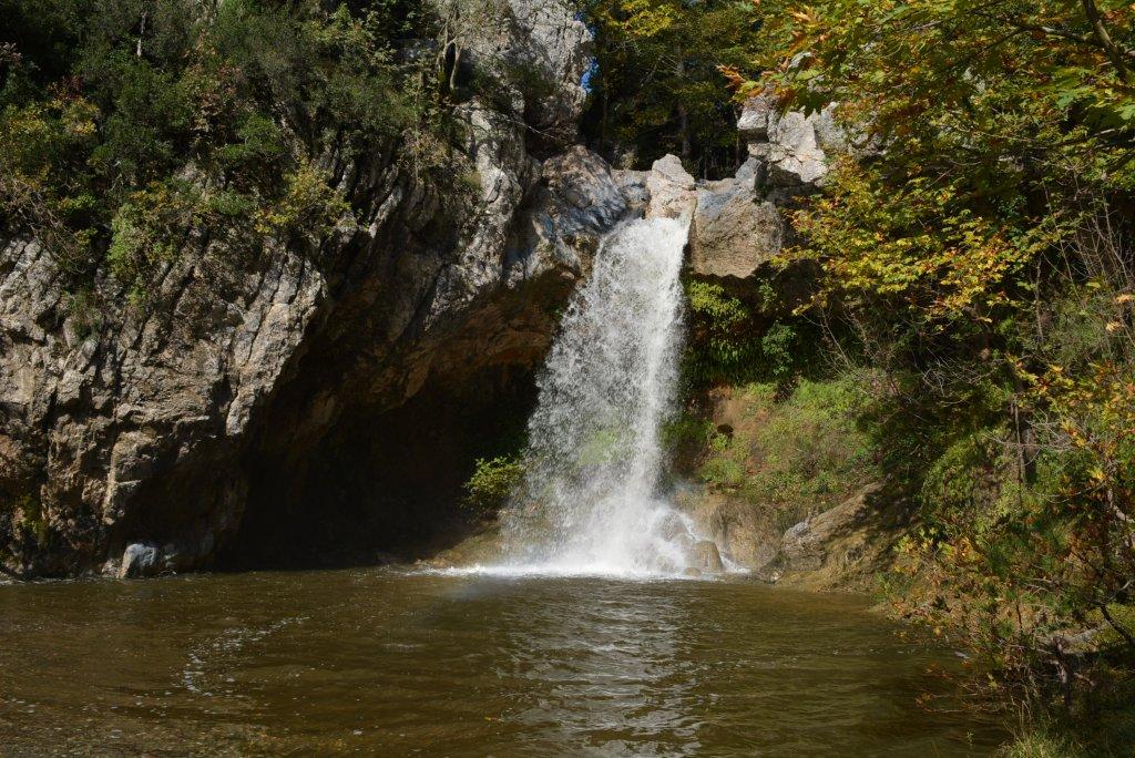 Drymona_waterfalls-1