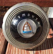 Plymouth_vinage_horn_emblem