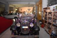 Το 1931 Ford Model A σε γιορτινή διάθεση :)